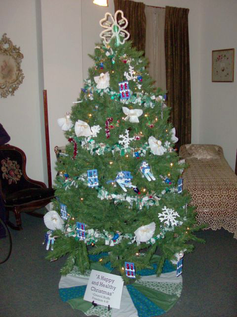 a-happy-and-healthy-christmas-4h-club-bh-nw-bedroom